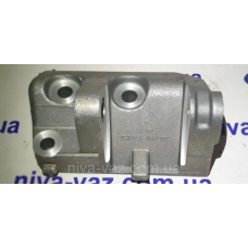 Кронштейн генератора нижній ВАЗ-2110